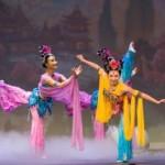 Shen Yun und chinesische Kampfkunst- Kostüm und Ölmalwettbewerbe